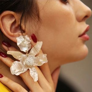 New Anthro Lele Sadoughi Small Paper Lily Earrings